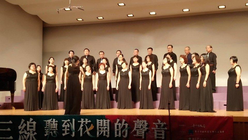 行經台三線聆聽花開的聲音 台中客家歌謠音樂會浪漫登場。(記者廖怡婷翻攝)