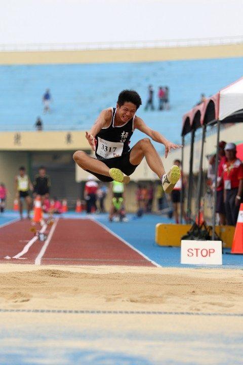 阿根廷青年奧運 台中田徑健兒李允辰破國內U18紀錄。(記者劉明福翻攝)