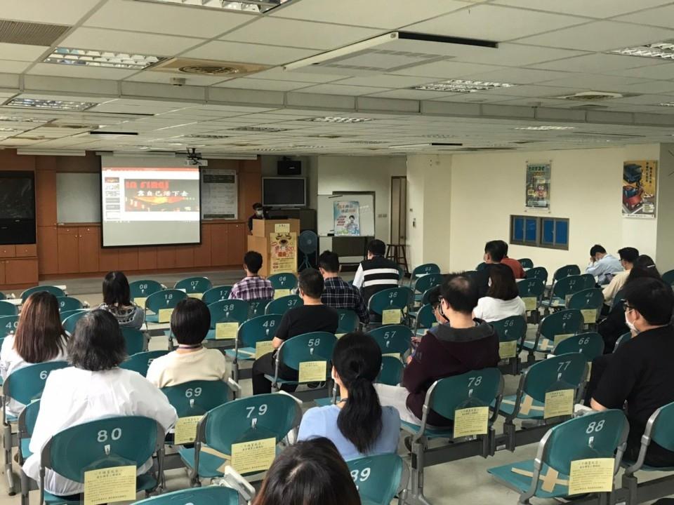 台中市政府消防局到豐原監理所宣導消防講習。(記者林俊維翻攝)