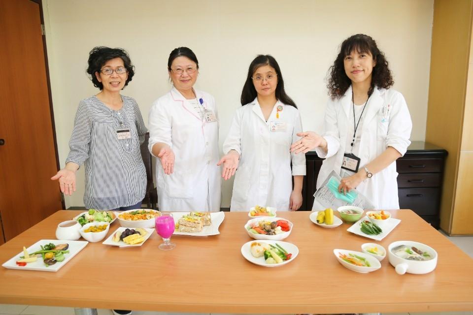 「得舒飲食」不挨餓的減重法 美味、健康,降血糖、血壓。(記者林志強翻攝)
