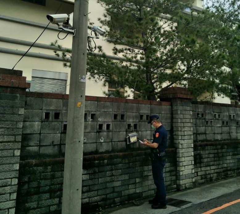 警方加強校園周邊安全維護。(記者陳信宏翻攝)