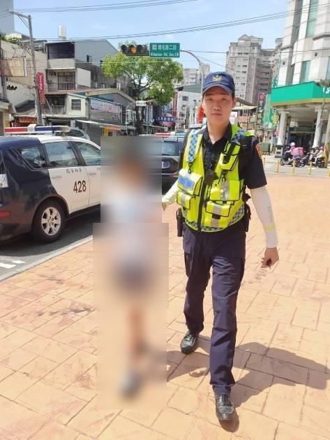 10歲男童被罵氣噗噗出走 警方10分鐘內找回頑童。(記者林俊維翻攝)