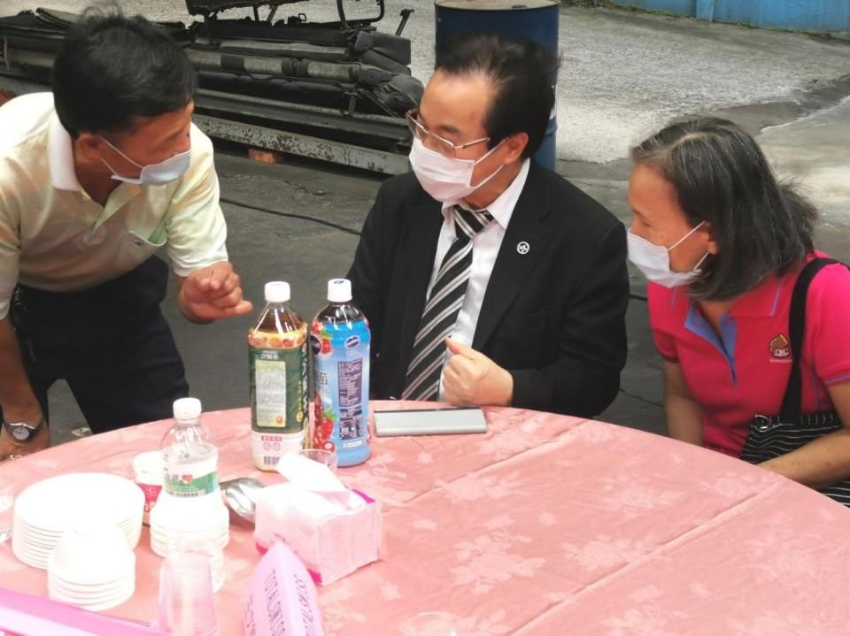 讓自己健康,就能遠離長照,王博士參加老人會九九重陽活動,分享老人家的健康之道