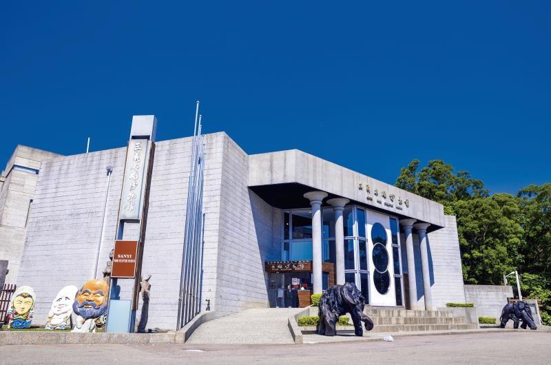 三義木雕博物館 2021年元旦假期正常開館。(記者張如慧翻攝).jpg