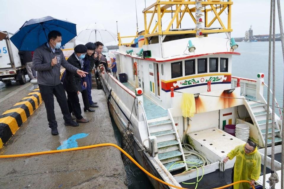 8千萬修復漁民作業區 增岸邊加水、電設施 讓漁民更便利。(記者張如慧翻攝).jpg