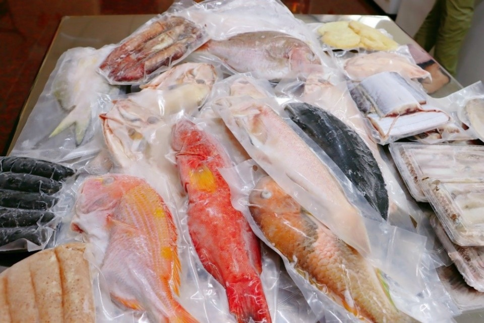 東北角海域漁獲種類相當豐富,防疫重要飲食更重要。(特約記者林有定翻攝)
