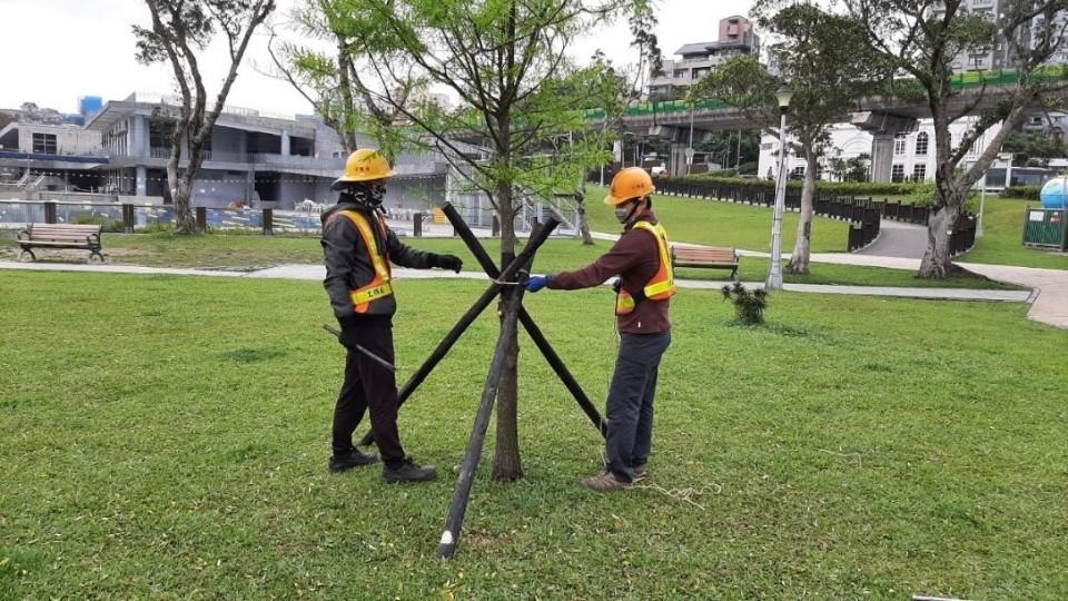 烟花颱風襲台機率增 北市公園處完成防颱整備。(特約記者林有定翻攝).jpg