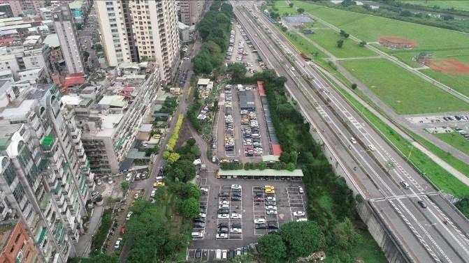 中和秀朗橋北側開發案9月30日及10月1日召開區段徵收公聽會。(特約記者林有定翻攝).jpg